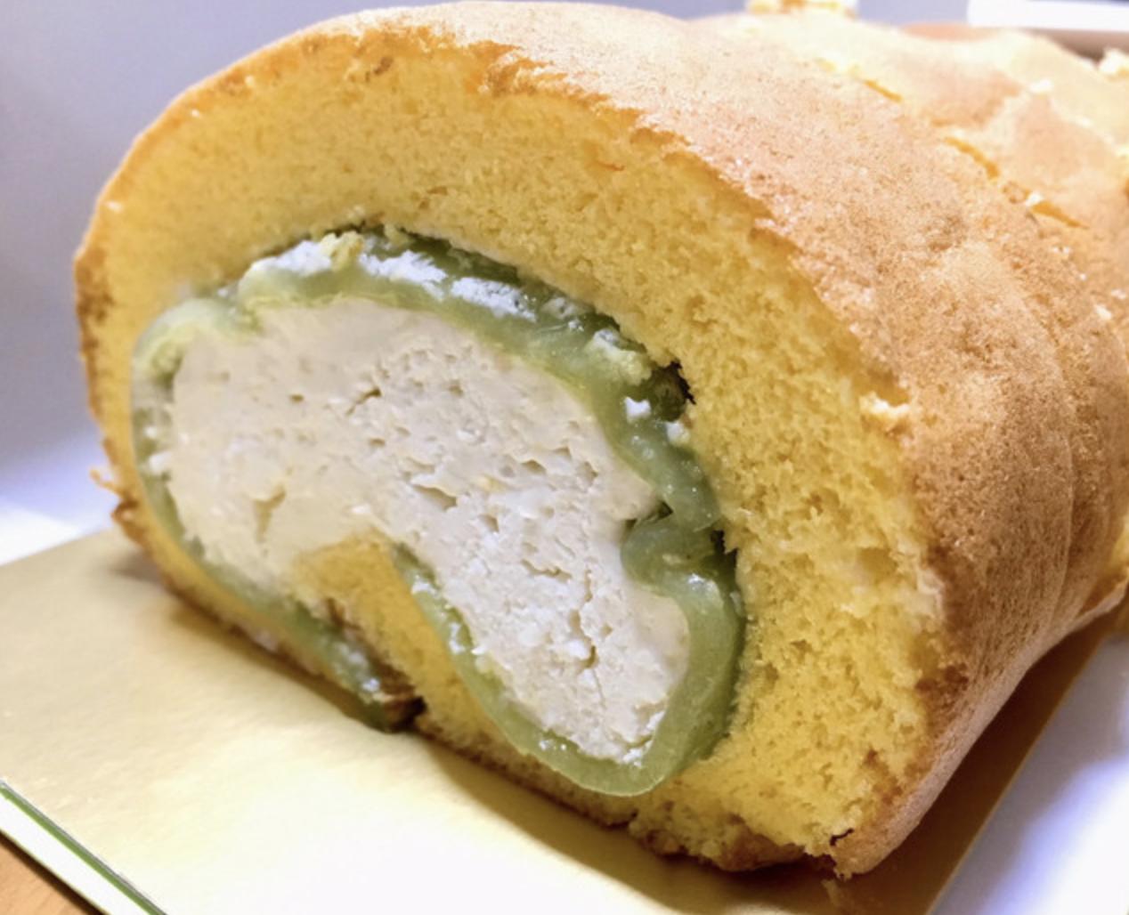 米粉を使ったロールケーキ