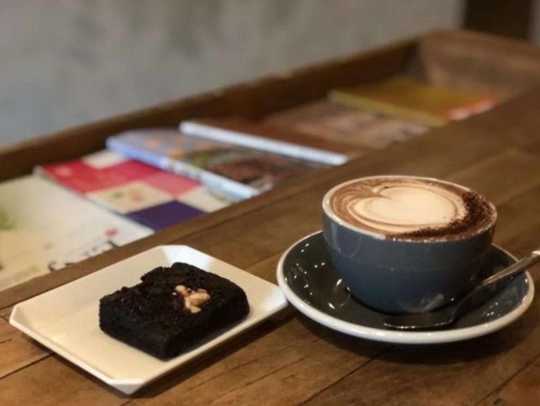コーヒーと洋菓子